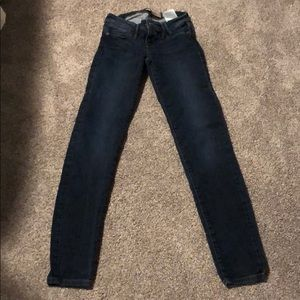 Guess brand skinny jeans